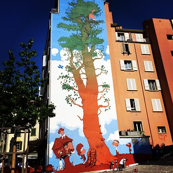 Mural of a tree on a school